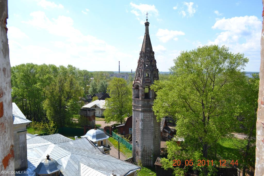 Вид с колокольни Троицкого собора №2