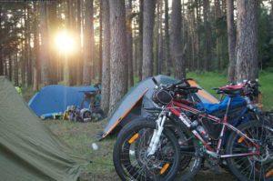 Отдых в палатке на берегу Волги. Конаково