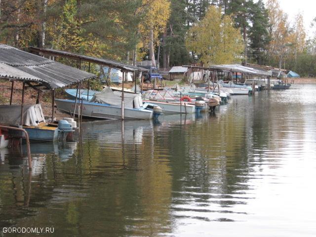 Лодочная стоянка местных жителей Городомли (называется Канал)